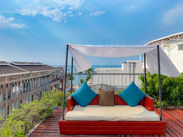 アヤブティックホテル パタヤ(Aya Boutique Hotel Pattaya)の屋上テラス2