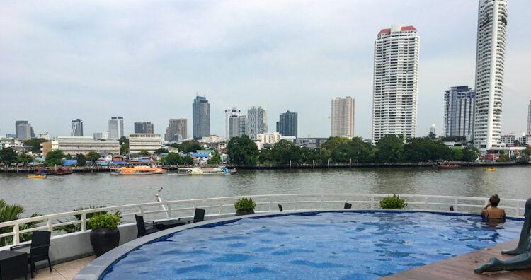 チャトリウム ホテル リバーサイド バンコク(Chatrium Hotel Riverside Bangkok)のプール2