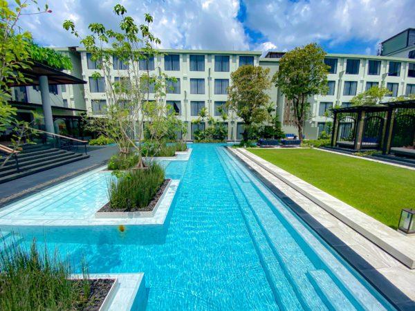 フォー ポインツ バイ シェラトン パトン ビーチ リゾート(Four Points by Sheraton Phuket Patong Beach Resort)のプール2