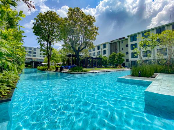 フォー ポインツ バイ シェラトン パトン ビーチ リゾート(Four Points by Sheraton Phuket Patong Beach Resort)のプール3
