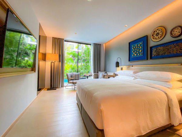 フォー ポインツ バイ シェラトン パトン ビーチ リゾート(Four Points by Sheraton Phuket Patong Beach Resort)のプールアクセスルーム1