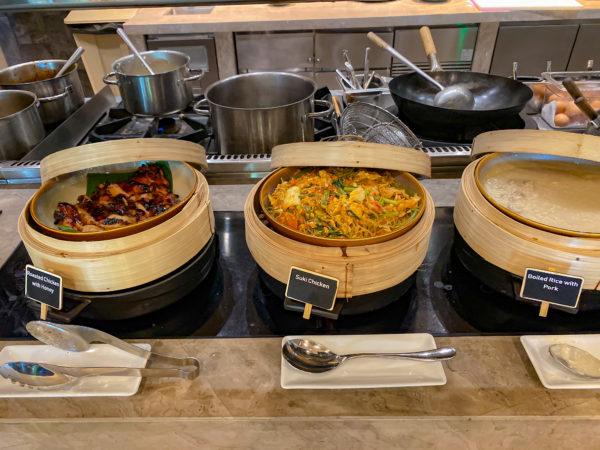フォーポインツ バイ シェラトン パトン ビーチ リゾート(Four Points by Sheraton Phuket Patong Beach Resort)の朝食2