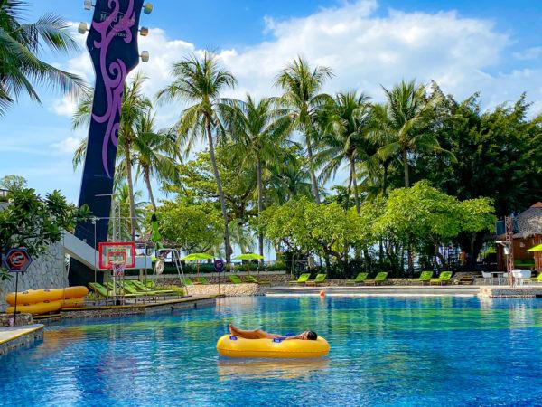 ハードロックホテル パタヤ(Hard Rock Hotel Pattaya)のプール