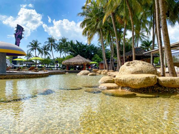 ハードロックホテル パタヤ(Hard Rock Hotel Pattaya)のサンドプール2