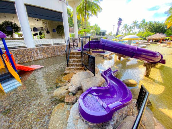 ハードロックホテル パタヤ(Hard Rock Hotel Pattaya)にある子供用ウォータースライダー1