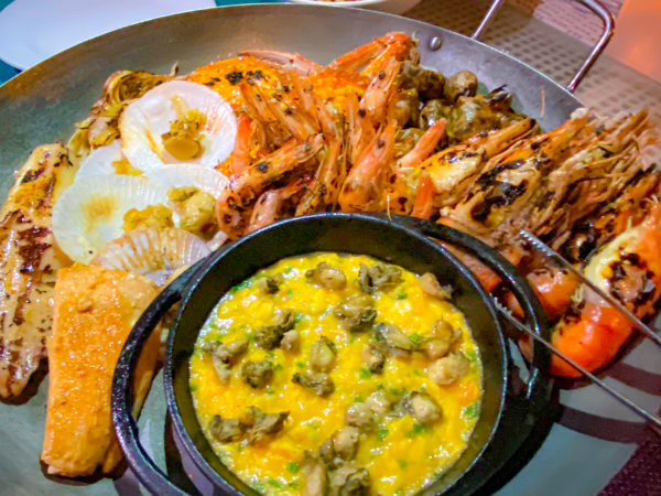 ハードロックホテル パタヤ(Hard Rock Hotel Pattaya)のレストランで食べたシーフード