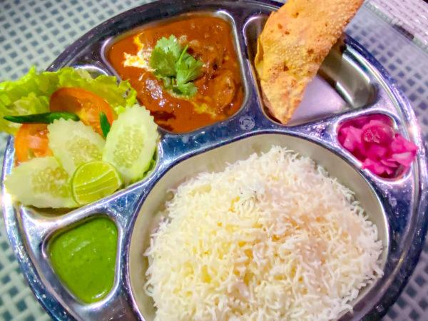 ハードロックホテル パタヤ(Hard Rock Hotel Pattaya)のレストランで食べたインド料理