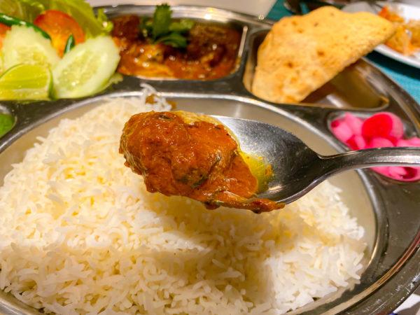 ハードロックホテル パタヤ(Hard Rock Hotel Pattaya)のレストランで食べたインドカレー