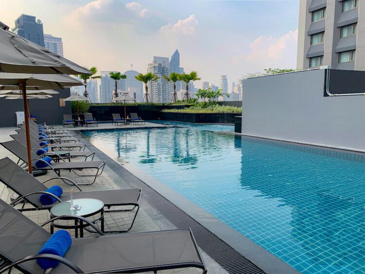 ホテル ニッコー バンコク(Hotel Nikko Bangkok)のプール2