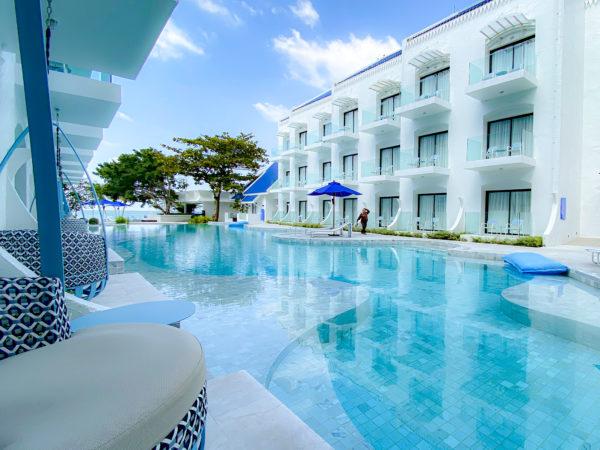 クラムパタヤ(Kram Pattaya)のプールアクセス客室から見えるプール