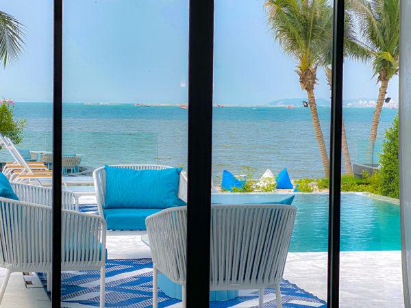 クラムパタヤ(Kram Pattaya)のプライベートヴィラ客室から見えるナクルアの海