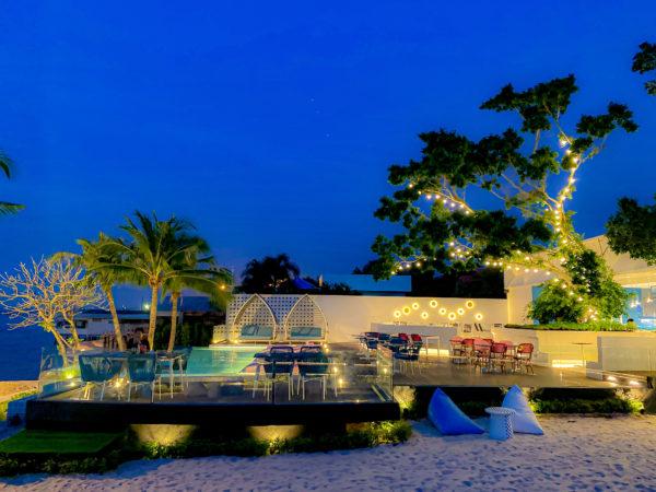 夜のクラムパタヤ(Kram Pattaya)のクラウドビーチバー2