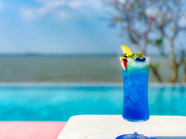 クラムパタヤ(Kram Pattaya)のクラウドビーチバーで飲んだカクテル