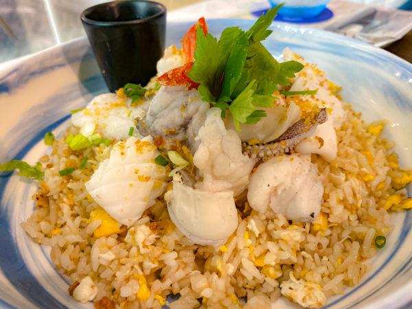 クラムパタヤ(Kram Pattaya)で食べたカオパットタレー