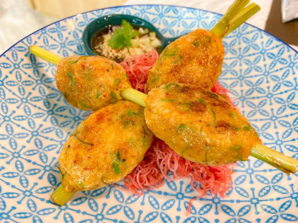 クラムパタヤ(Kram Pattaya)で食べたトートマンプラー