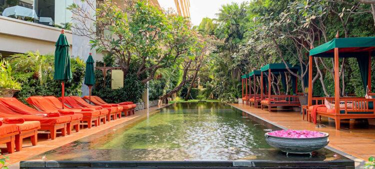 マンダリン オリエンタル バンコク(Mandarin Oriental Bangkok)のプール1