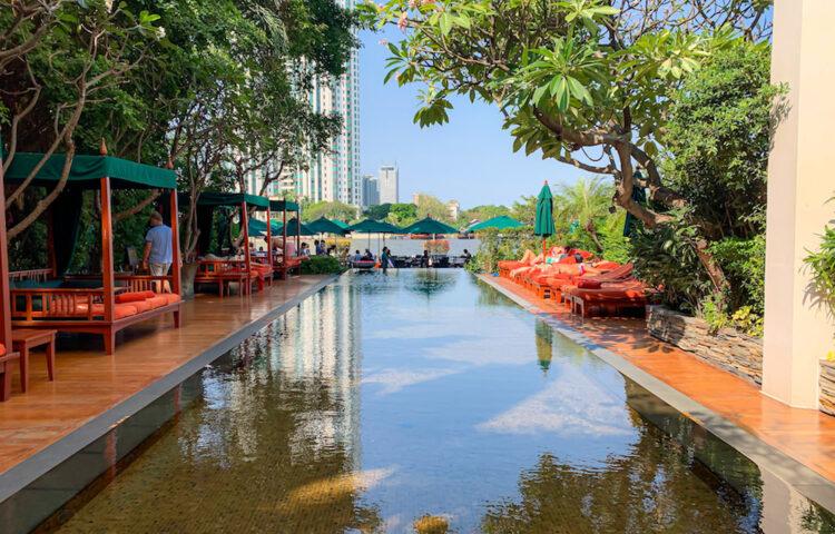 マンダリン オリエンタル バンコク(Mandarin Oriental Bangkok)のプール2