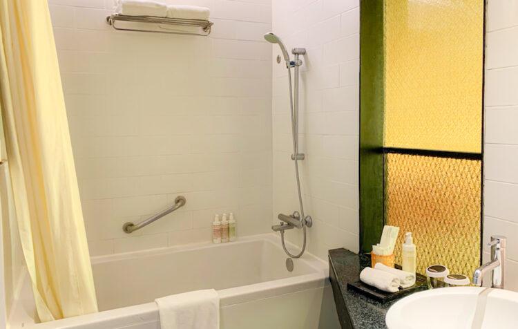 サイアム アット サイアム デザイン ホテル バンコク(Siam @ Siam Design Hotel Bangkok)の客室バスルーム