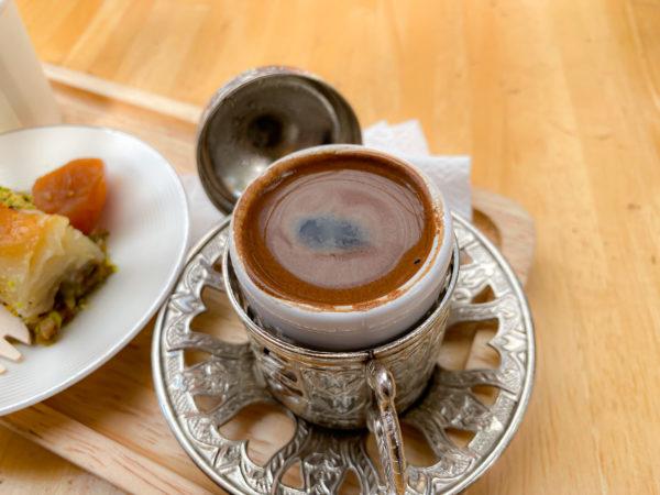 クレット島にあるトルココーヒー店で飲んだコーヒー