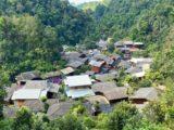 チョムノック チョンマイから見渡せるメーカンポン村の集落
