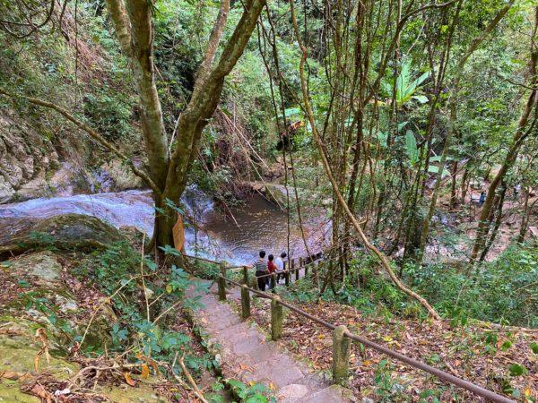 メーカンポン滝2