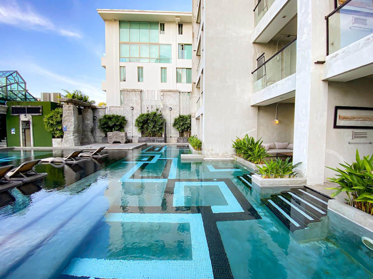 パタヤ モーダス ビーチフロント リゾート(Pattaya Modus Beachfront Resort)のプールアクセスルーム1