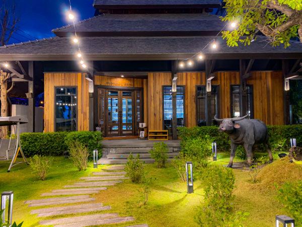 ザ チェンマイ オールドタウン ホテル(The Chiang Mai Old Town Hotel)のレセプションロビー外観