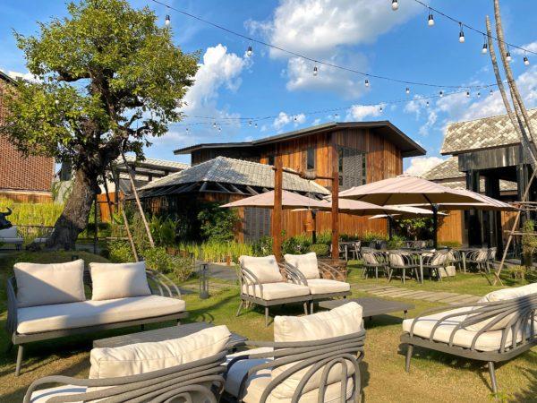 ザ チェンマイ オールドタウン ホテル(The Chiang Mai Old Town Hotel)の中庭