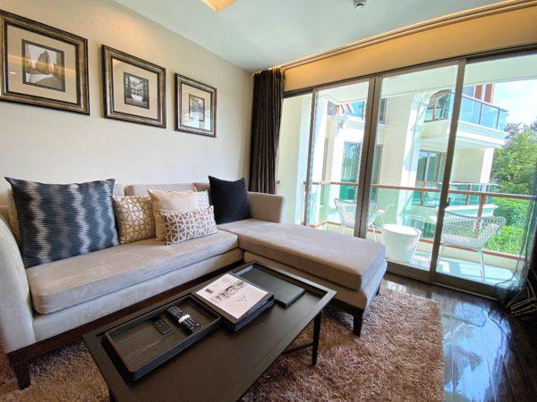 ザ チェンマイ リバーサイド(The Chiang Mai Riverside)1ベッドルーム プレミアに完備しているソファー