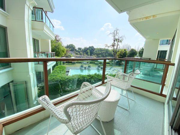 ザ チェンマイ リバーサイド(The Chiang Mai Riverside)1ベッドルーム プレミアのバルコニー