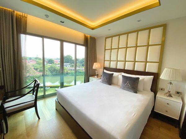 ザ ペントハウス 2ベッドルーム 2バスルーム Vorra Chindaのベッドルーム