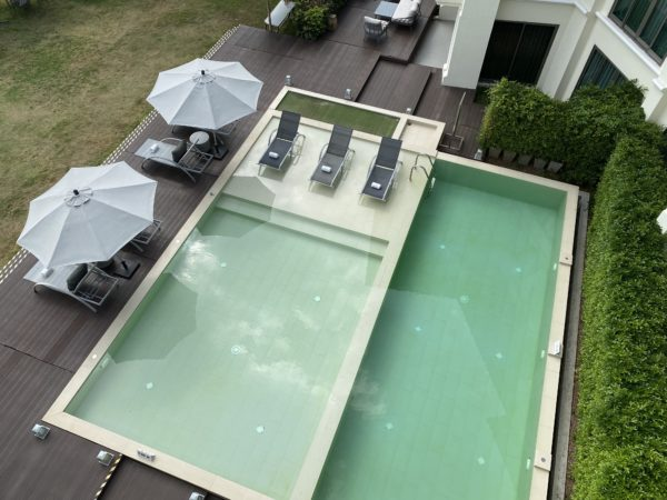 上から見たザ チェンマイ リバーサイド(The Chiang Mai Riverside)のプール
