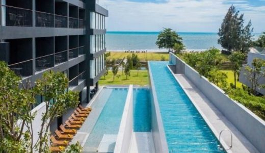 ジョムティエンのアナアナンリゾート パタヤ 。プライベートガーデンとインフィニティプール付きのお洒落ホテル。