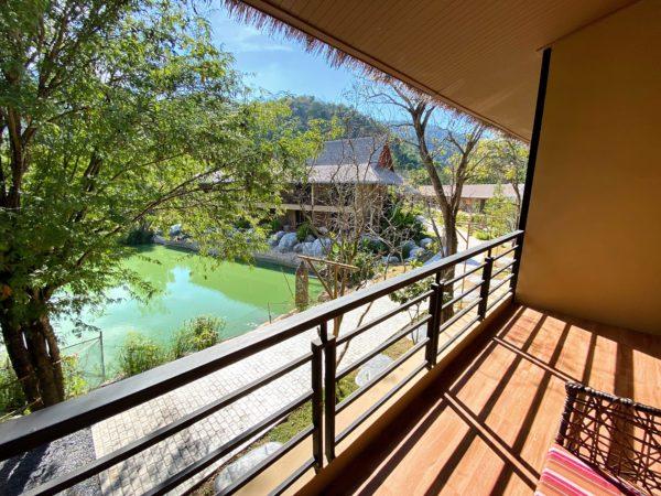 イサーン イサン ブティック リゾート バイ アンダキュラ(Isaan-Isan Boutique Resort by Andacura)の客室バルコニー