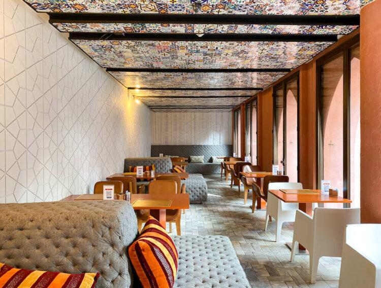 マラケシュホアヒン リゾート アンド スパ(Marrakesh Hua Hin Resort and Spa)の朝食会場