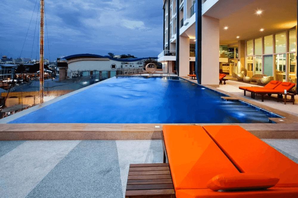バリハイ ベイ レジデンス(Balihai Bay Residence)のプール