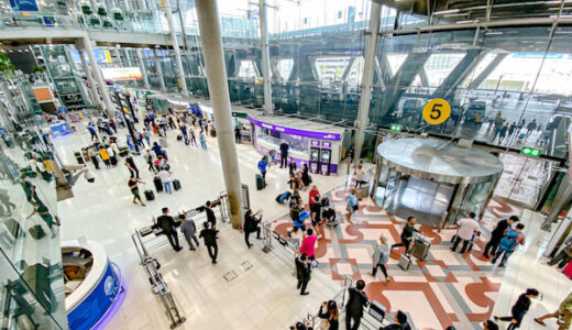 スワンナプーム空港の到着ロビー