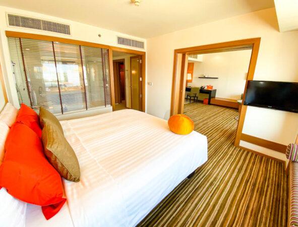 デュシット D2 ホテル(Dusit D2 Chiang Mai Hotel)のスタジオスイート キングベッド5