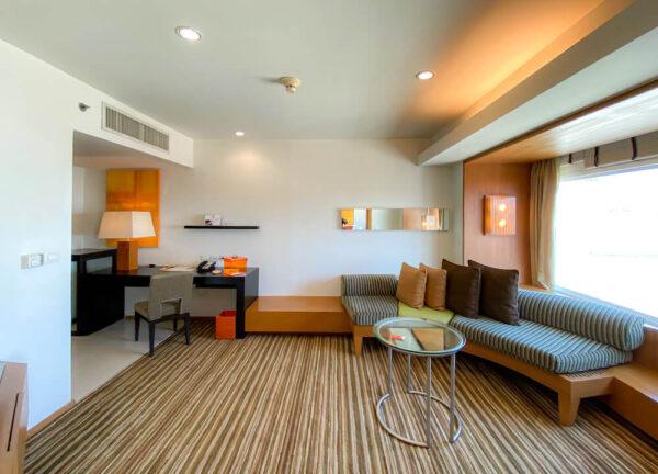デュシット D2 ホテル(Dusit D2 Chiang Mai Hotel)のスタジオスイート キングベッド4