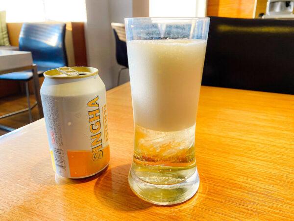 デュシット D2 ホテル(Dusit D2 Chiang Mai Hotel)のクラブラウンジで飲んだシンハビール