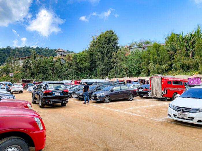 モンチェムの駐車場
