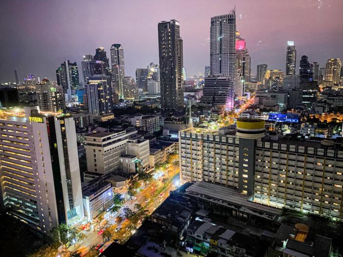 プルマン バンコク ホテル G(Pullman Bangkok Hotel G)のGデラックスダブルルームから見える夜景