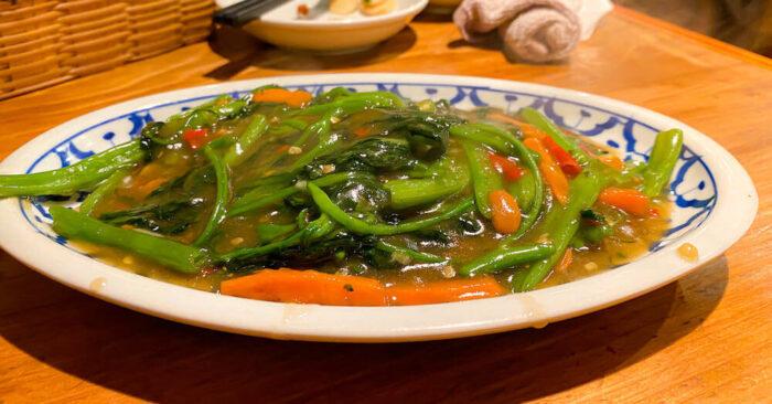 タイ料理「カオサン」で食べたパッブーンファイデーン
