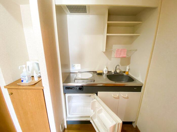 1ルームマンションタイプ個室寮のキッチン