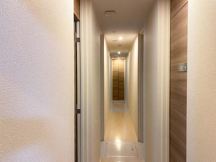 一部共用タイプ個室寮の廊下