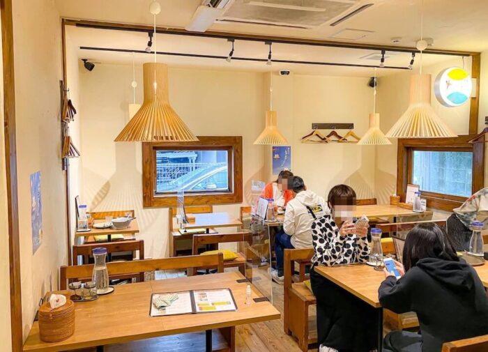 タイ屋台料理 アンド ヌードル オシャの店内3
