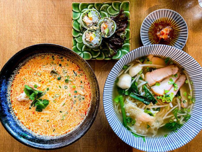 タイ屋台料理 アンド ヌードル オシャで食べたトムヤムヌードルとクイッティアオと生春巻き