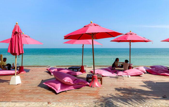 トップ・シークレット・ビーチ・カフェ(Top Seacret Beach Cafe)のビーチフロントテラス2