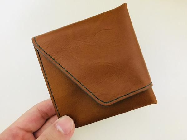 アブラサスの旅行財布1