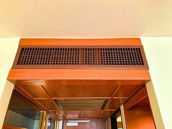 アマリ ドンムアン エアポート バンコクホテル(Amari Don Muang Airport Bangkok Hotel)客室の埋め込み型エアコン